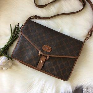 ⇩ Bally Fold-over Envelope Messenger Bag